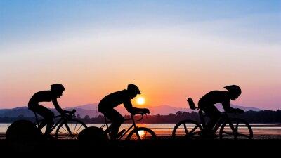 Adesivo Andar de bicicleta em tempo crepuscular