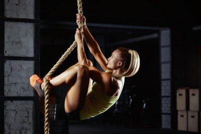 Adesivo Atleta de crossfit feminino exercitando