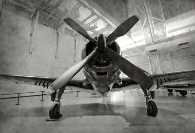 Adesivo Avião velho em um hangar