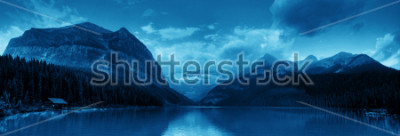 Adesivo Banff national park Lake Louise sunrise panorama with mountains and forest in Canada.