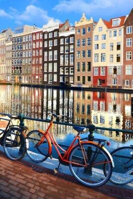 Adesivo Bicicletas ao longo dos canais com reflexões, Amesterdão, Países Baixos
