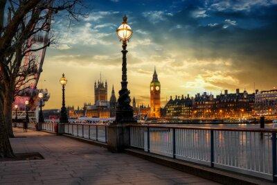 Adesivo Blick über die Themse no Big Ben Turm e no Westminster Palast em Londres bei Sonnenuntergang. Großbritannien