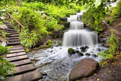 Adesivo Cachoeira Cascata no parque Planten un Blomen em Hamburgo