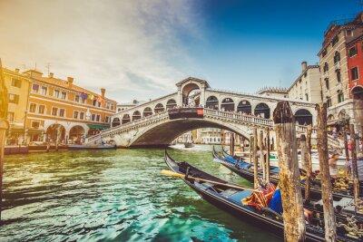 Adesivo Canal Grande com Ponte Rialto ao pôr do sol, Veneza, Itália