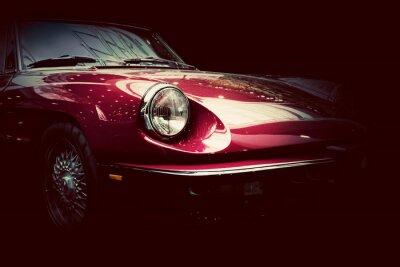 Adesivo Carro clássico retro no fundo escuro. Vintage, elegante