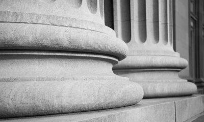 Adesivo Colunas arquitectónicas em uma Federal Buuilding clássico