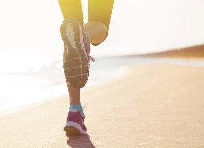 Adesivo Correndo na praia