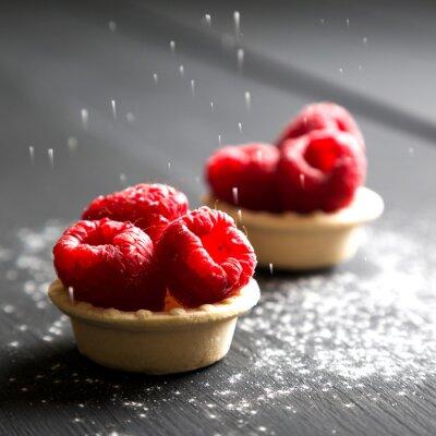 Adesivo Deliciosas sobremesas de sobremesa com framboesas frescas