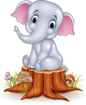 Adesivo Elefante engraçado do bebê dos desenhos animados que senta-se no coto de árvore
