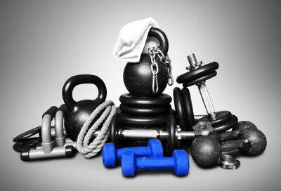 Adesivo Equipamentos esportivos para musculação coletados em uma pilha