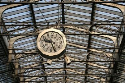 Adesivo Estação ferroviária relógio em Paris. Gare de L'Est.