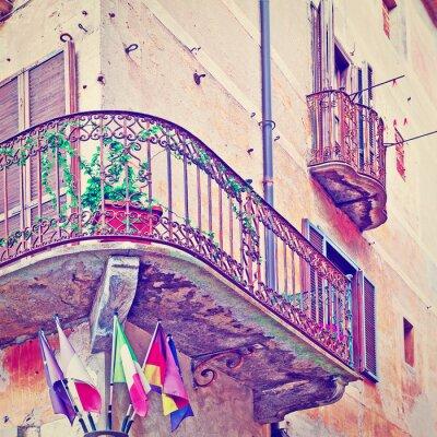 Adesivo Flags under Balcony
