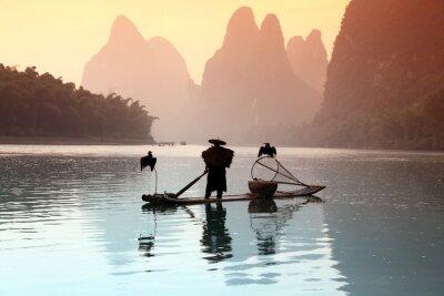 Adesivo Homem pesca chinês com cormorões pássaros