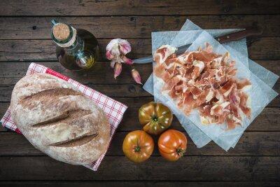 Adesivo Jamón, panela, tomate, óleo de oliva e ajo para fazer o típico pan tumaca español
