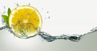 Adesivo Limão e salpicos de água.