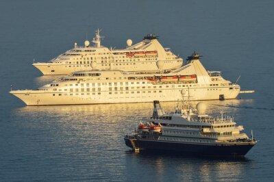 Adesivo navios de cruzeiro ancorado Dubrovnik