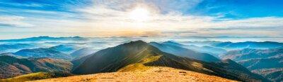 Adesivo Paisagem da montanha no por do sol