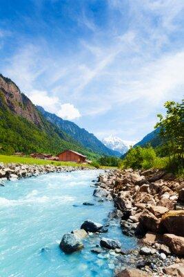 Adesivo Paisagem suíça bonita com fluxo do rio