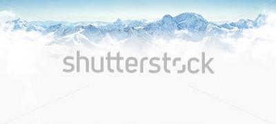 Adesivo Panorama das montanhas de inverno com espaço de cópia