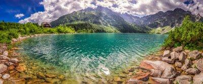 Adesivo Panorama do lago nas montanhas de Tatra no nascer do sol