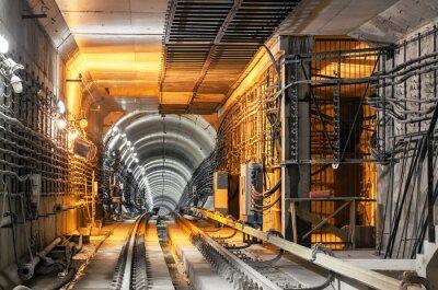 Adesivo Passando, baixo, subterrâneo, túnel