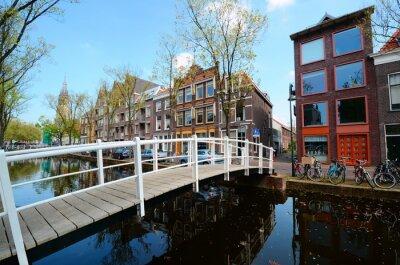 Adesivo Ponte sobre os canais de Delft, Holanda