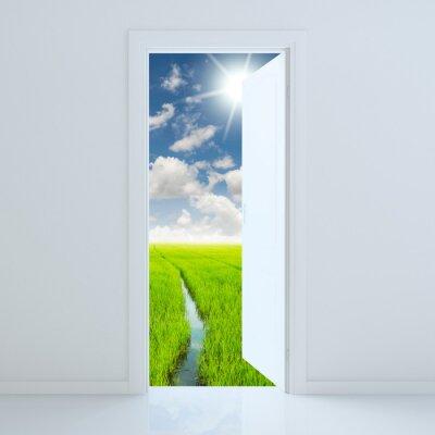 Adesivo Porta aberta para a beleza campo verde