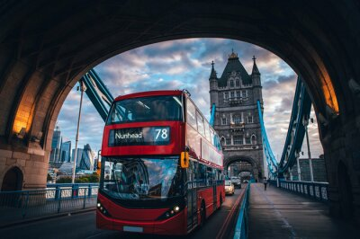 Adesivo Red double decker bus at the Tower Bridge in London