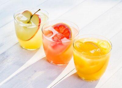 Adesivo Suco de frutas frescas de laranjas maçãs toranja rosa
