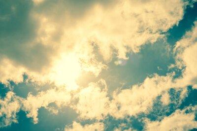 Adesivo Sun que quebra através das nuvens