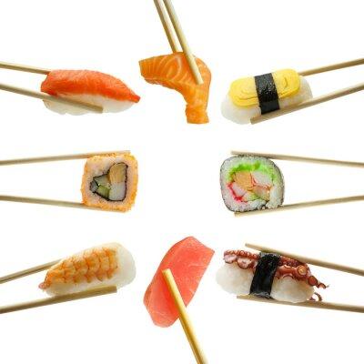 Adesivo Sushi em pauzinhos isolado no fundo branco
