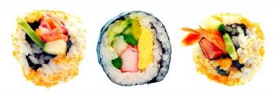 Adesivo Sushi rolo com arroz isolado no fundo branco