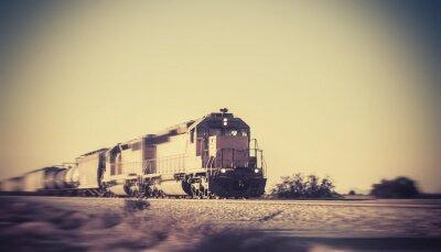 Adesivo Trem de carga viaja através do deserto do Arizona