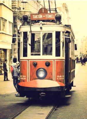 Adesivo Velho eléctrico na rua Istiklal, Istambul.