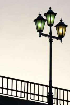 Adesivo Velho, rua, lamppost, contra, crepúsculo, fundo