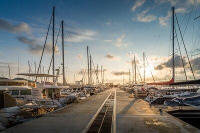 Adesivo Yacht marina nascer do sol