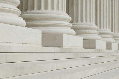 Fotomural A fila de colunas clássicas com passos