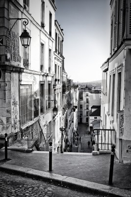 Fotomural A little street in Montmartre  Paris, France