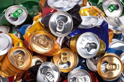 Fotomural As latas de cerveja amassadas
