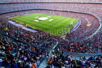 Fotomural BARCELONA, ESPANHA - 13 de maio de 2011: não identificados adeptos de FC Barcelona comemoram a vitória espanhola do campeonato da Liga no Estádio Camp Nou.