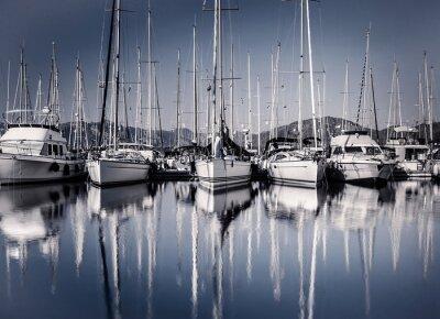 Fotomural Barco de vela porto na noite