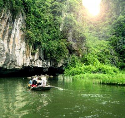 Fotomural Barco turístico lugar mais popular no Vietnã.