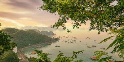 Fotomural Barcos coloridos da ilha do gato Ba