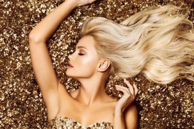 Fotomural Beautiful hair Girl. Healthy Long Hair. Blonde woman in golden flowers garden, princes