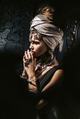 Fotomural beautiful young stylish woman wearing turban outdoors portrait