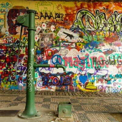 Fotomural Bem água e uma parede Graffiti