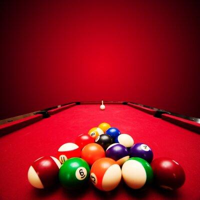 Fotomural Bilhar jogo de bilhar. Esferas da cor em triângulo, com o objetivo de bola