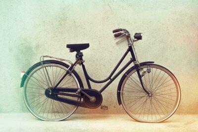 Fotomural Bonito bicicleta velha oxidado retro com cores de efeito impressionante em