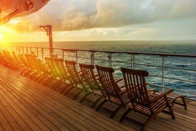 Fotomural Cadeiras de plataforma do navio de cruzeiros