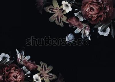 Fotomural Cartão vintage floral com flores. Peônias, tulipas, lírio, hortênsia em fundo preto. Modelo de design de convites de casamento, cumprimentos do feriado, cartão de visita, embalagens de decoração